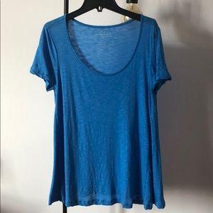 Vineyard Vines blue women's t-shirt